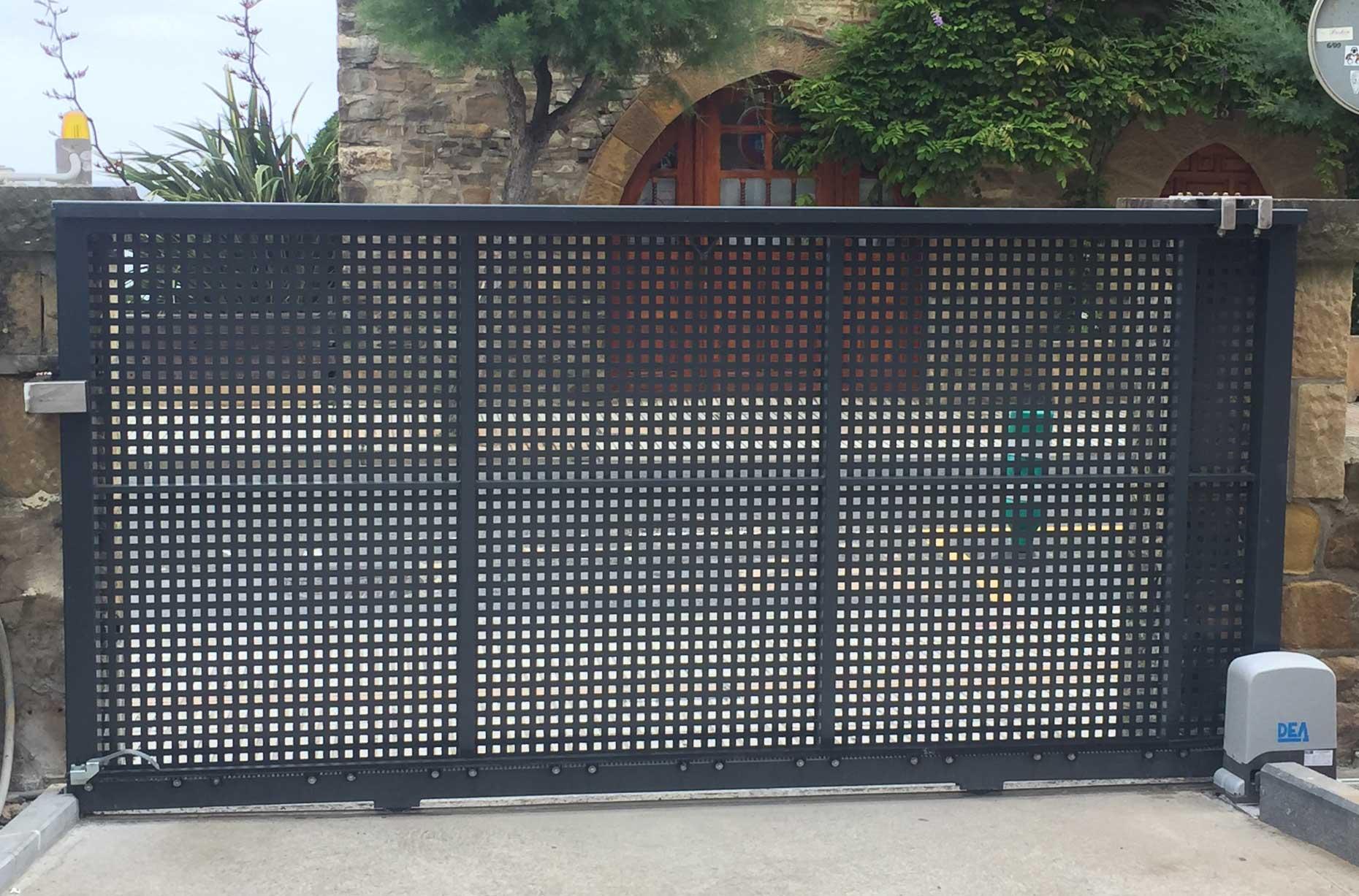 Puerta residencial corredera