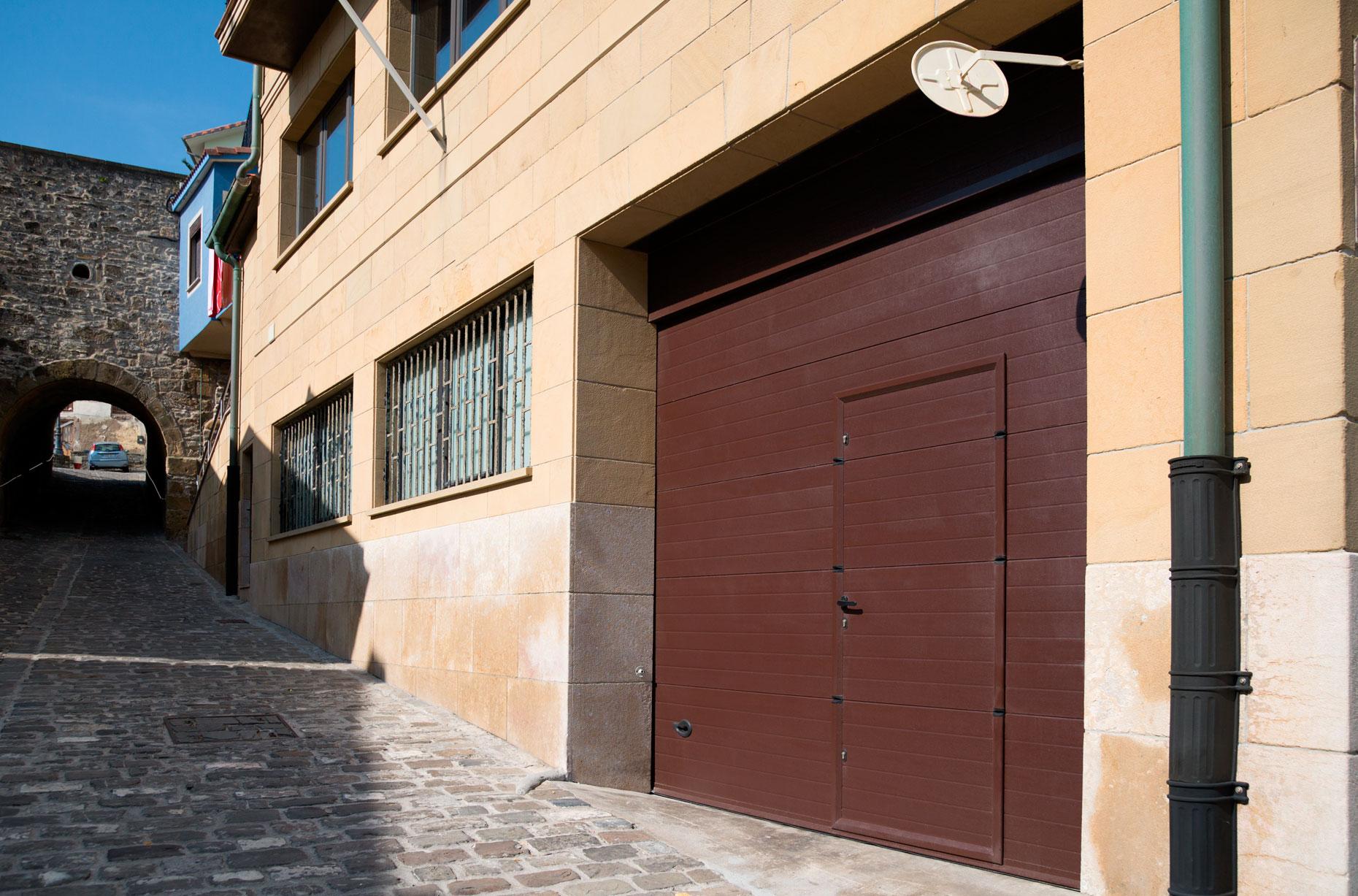 Puerta Residencial Seccionable, puerta garaje