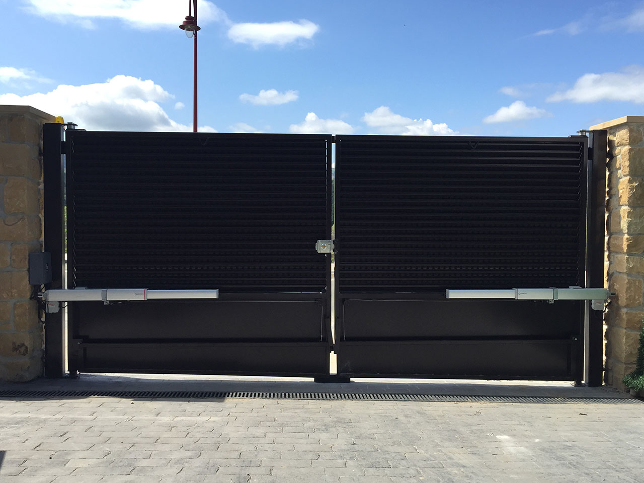 motorización_puertas_garaje